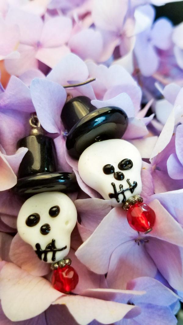 Bone Daddy Skull with top hat earrings